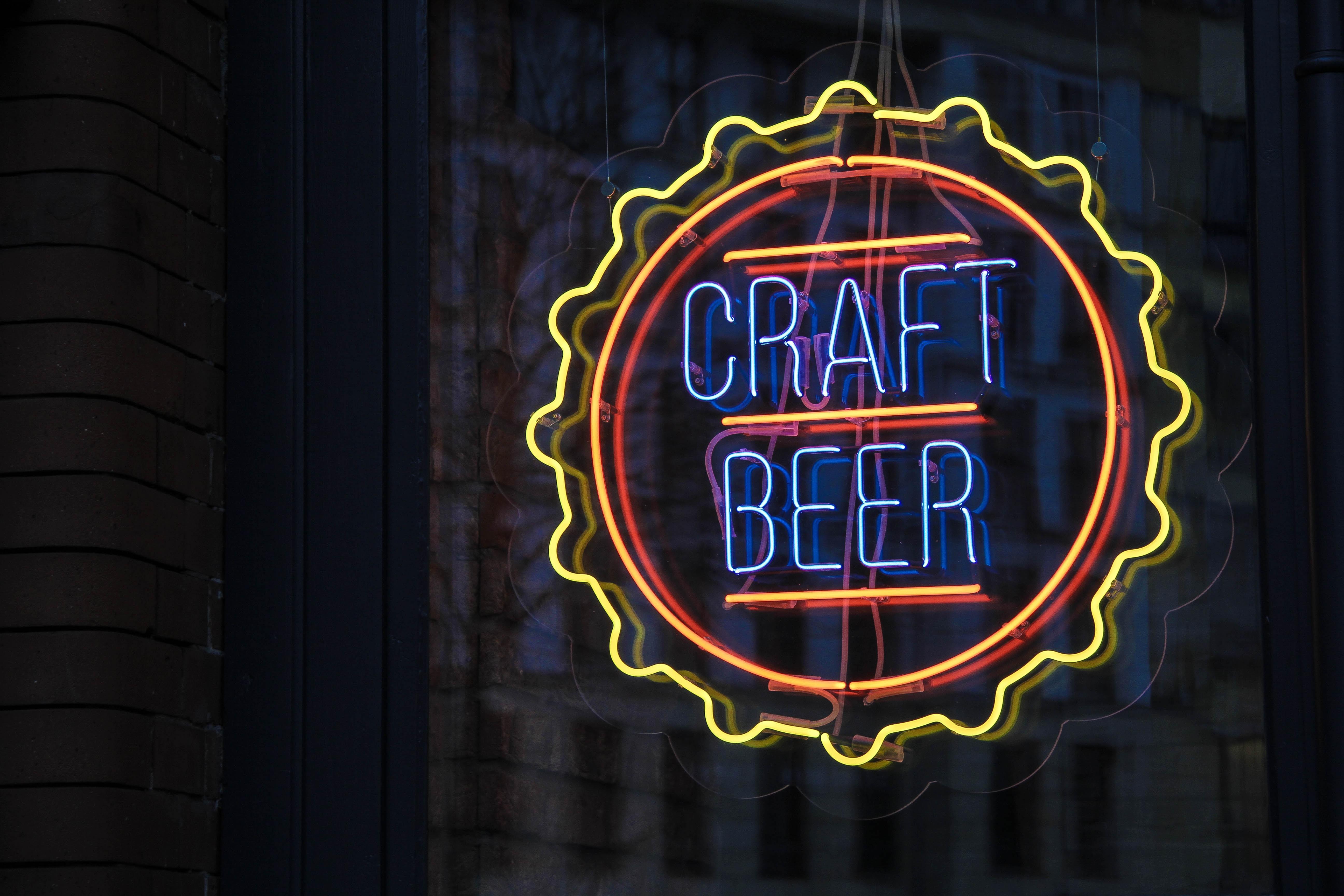 Craft beer neon sign